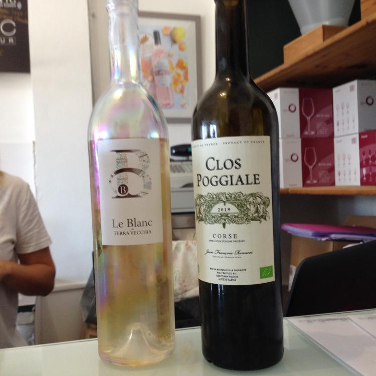les deux vins blancs goutés Terra Vecchia - Clos Poggiale