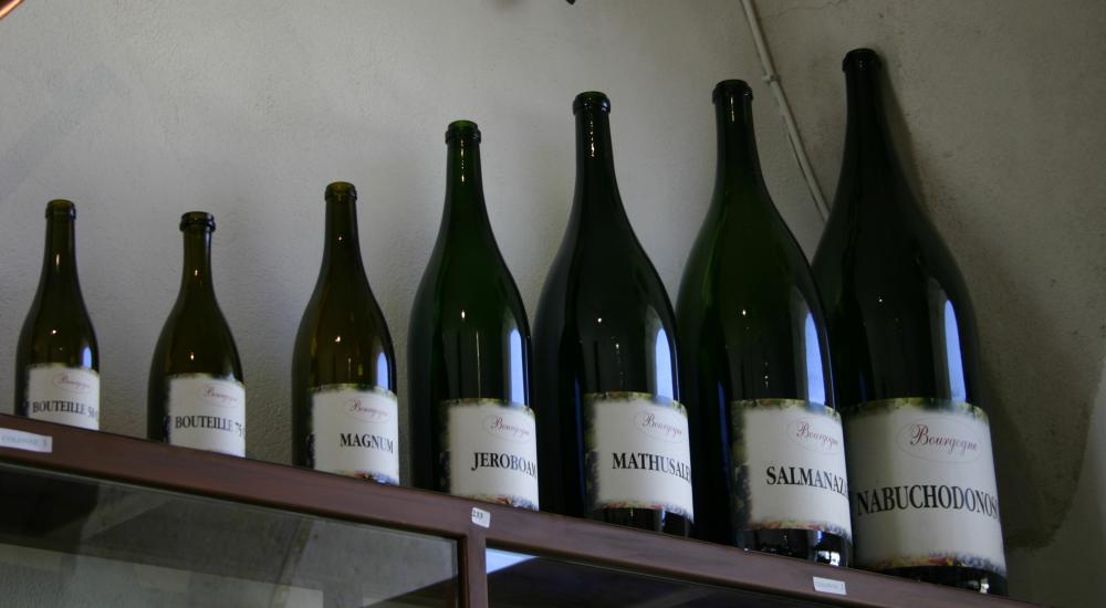 Grandes bouteilles de vin - différents formats